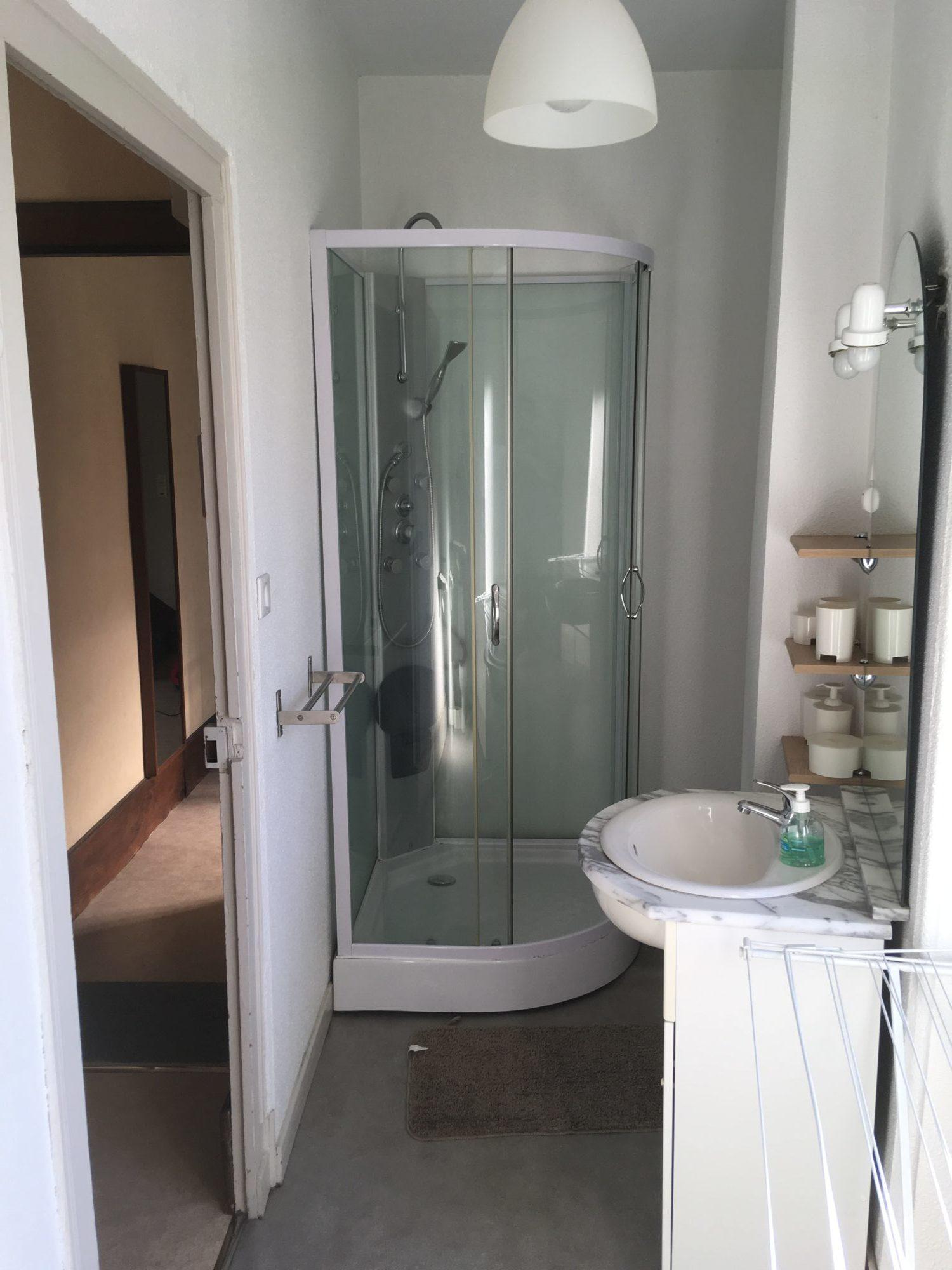 location appartement néris les bains